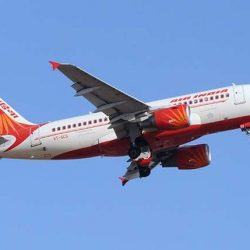 طائرة قادمة من السعودية تفك لغز تعطل حركة الملاحة بالهند