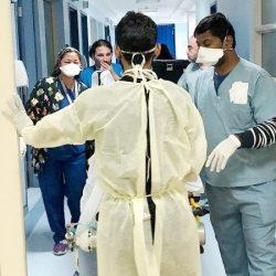 مستشفى مدينة العيون يٌكرم موظفيه المتميزون