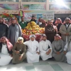 مركز اسري العمران يكرم بر الاحساء والعميد المطيري