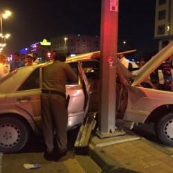 أصابة 3 أشخاص بطريق أبو حدرية بالدمام نتيحة حادث مروري