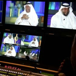 مبتعث سعودي يرفع الأذان أثناء أحتفال بجامعة أمريكية