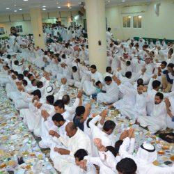 مركز آمال النسائي يقيم إفطار صائم للأيتام لسنته الثالثة