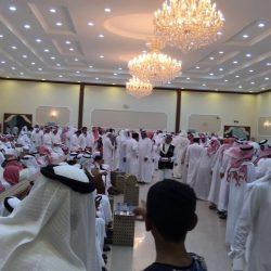 ميسر الساباط يزف 36 عريسا وعروسه وسط حشد جماهيري كبير