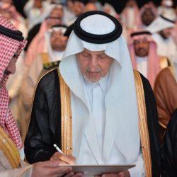 كتاب (وزير التعليم ومتحف العرب )يستقطب شريحة جديدة للمقهى الثقافي بفنون الاحساء
