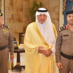 الأمير بدر بن جلوي يعزي أسرة السلمان