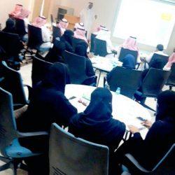 فن المكياج .. ورشة عمل للمدربة آمال العنزي على هامش مهرجان الكويت المسرحي