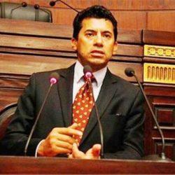 المحكمة العليا تدعو إلى تحري رؤية هلال شهر شوال