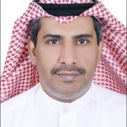 أمير المنطقه الشرقية يكرم أعضاء مجلس إدارة لجنة التنمية الاجتماعية