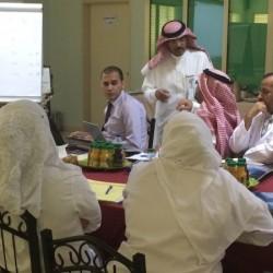 إدارة التعليم بالاحساء تكرم مسلم السالم وصالح الدباب من مدرسة الشهارين