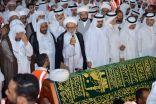 تشييع جثمان الشيخ ..حسن بوخمسين في موكب مهيب بالأحساء