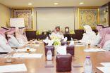 الأمير عبدالعزيز بن جلوي يستقبل .. مدير مركز التنمية بالأحساء