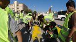 مجمع الخليل وبلدية تاروت ينفذون مبادرة طلاء المطبات